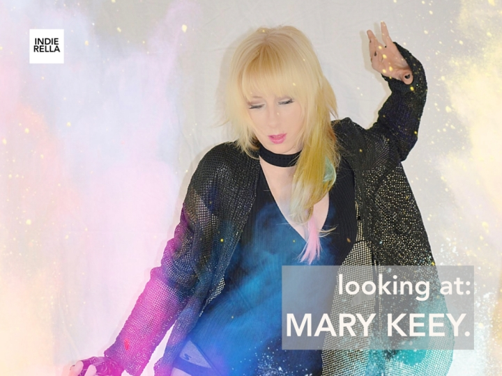 looking at: MARY KEEY.